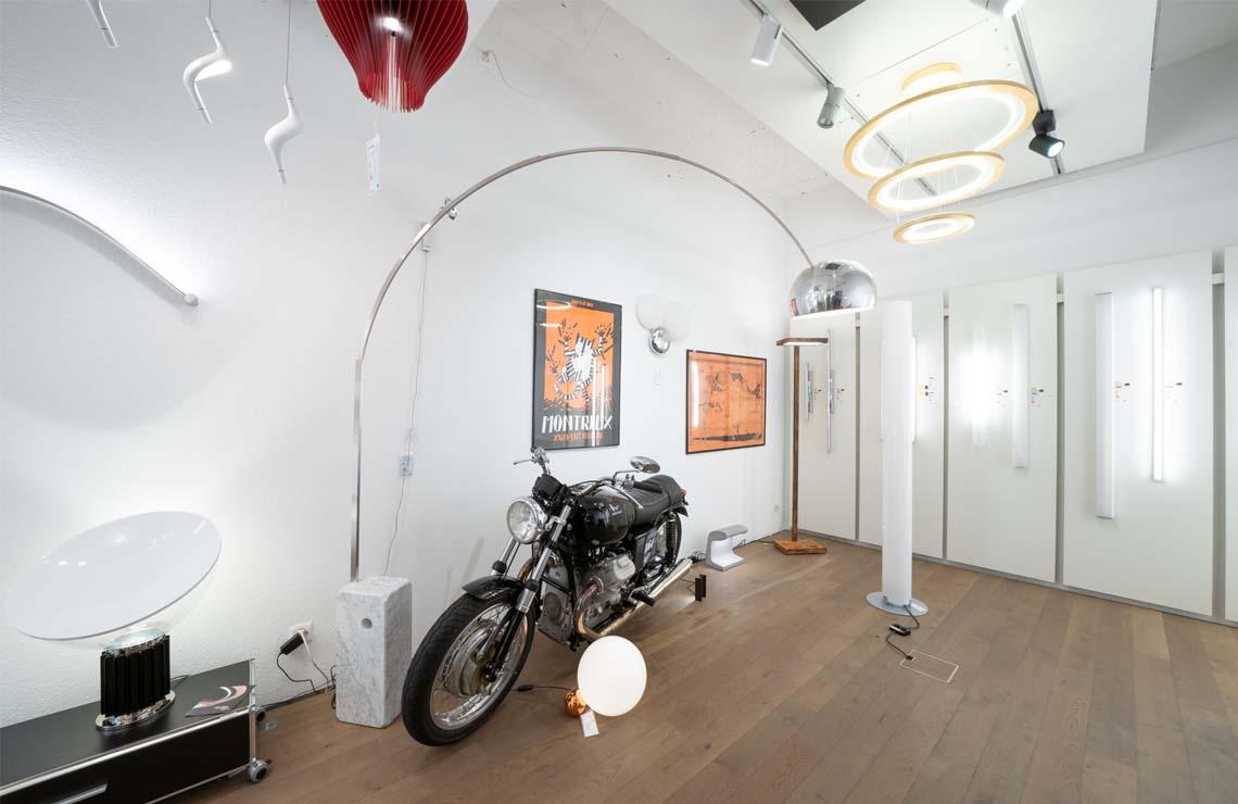 Showroom 7 HP